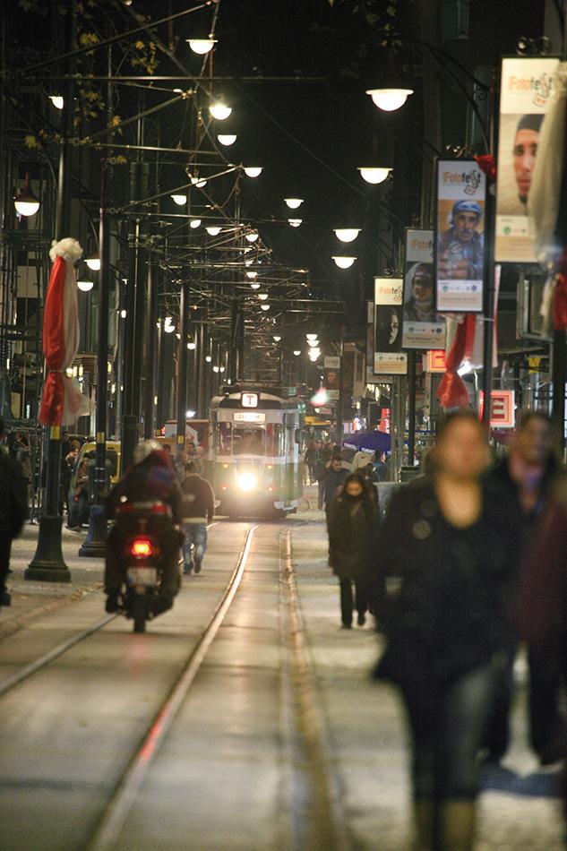 Cumhuriyet Caddesi - Demet Argun