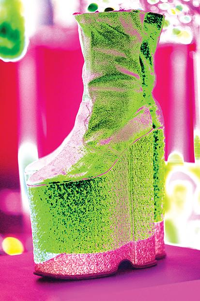 Zeki Müren sahne ayakkabısı popart