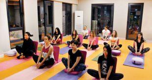 Burcu Karslıoğlu - Yoga