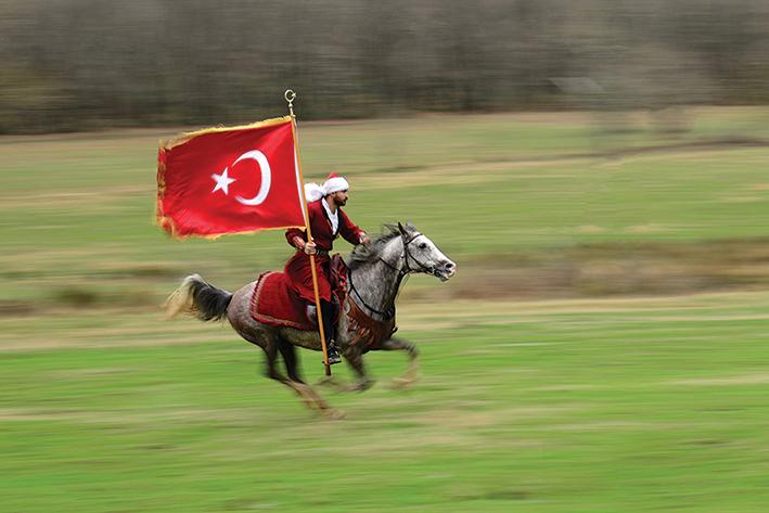 Mustafa Serdar Taşkın