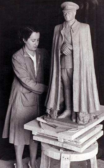 Ebedi bir bengütaş…/Sabiha Bengütaş/Mudanya Mütareke Anıtı